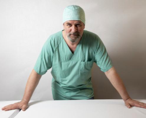 Neurochirurg Dr.Krishnan, Neurochirurgie der Wirbelsäule